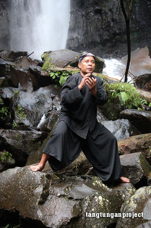 Kang Awang - Rakawira Gerak Gulung Budidaya