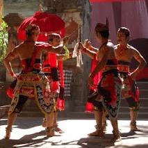 Tari Gambuh, Tari tradisional Sumenep